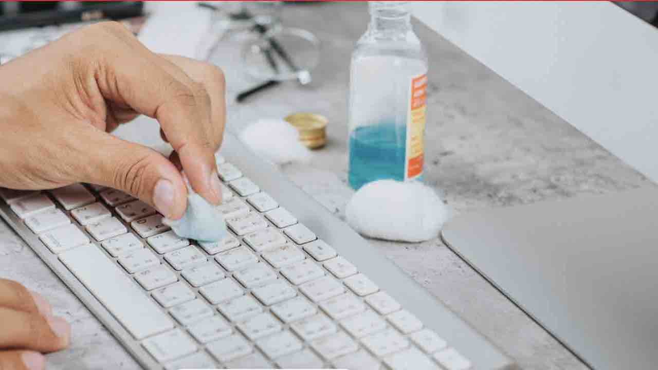 Come igienizzare la tastiere