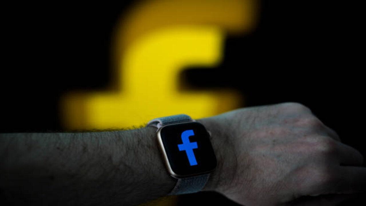 smartwatch facebook