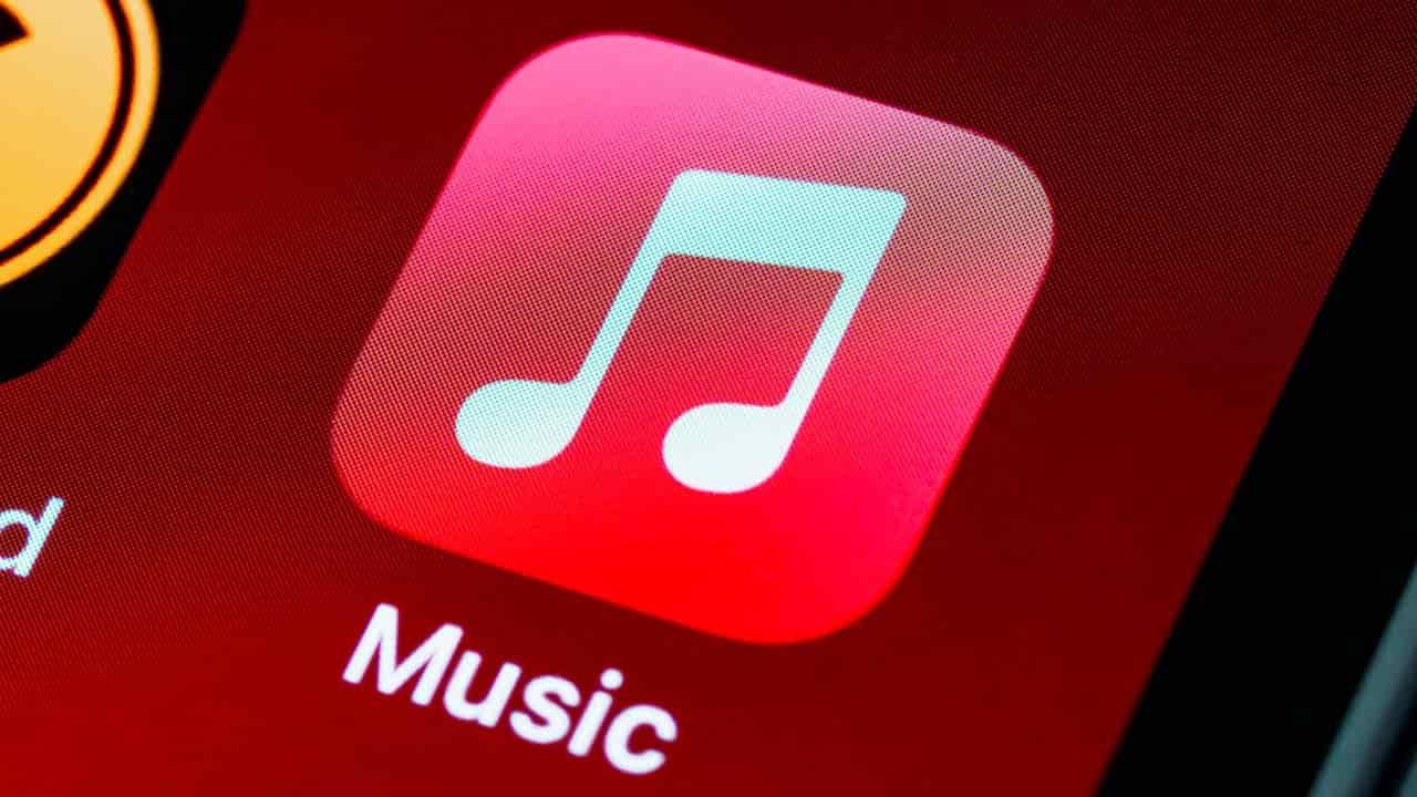 come attivare audio spaziale apple