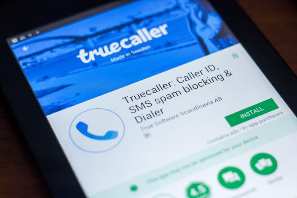 whatsapp truecaller
