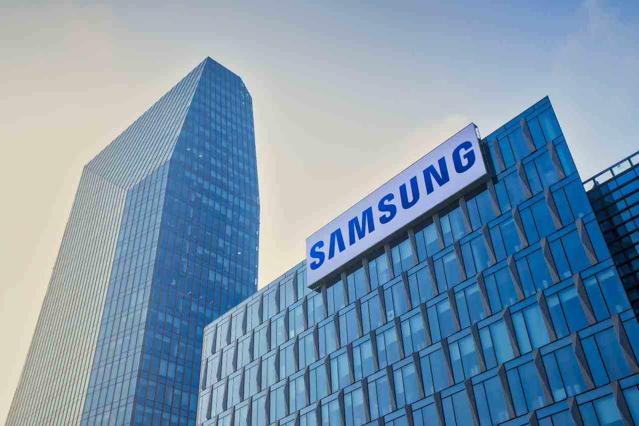 Samsung, partnership in vista con Olympus - MeteoWeek.com