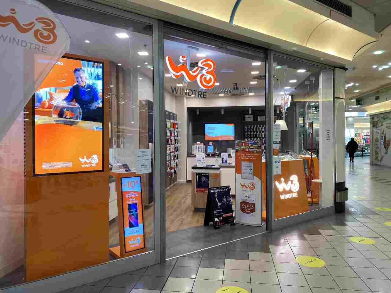 WindTre e la promo smartphone incluso - MeteoWeek.com