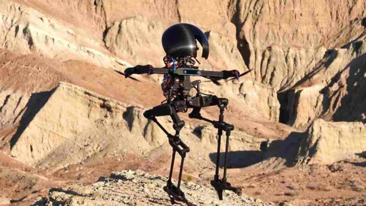 Leonardo, il robot bipede tanto chiacchierato vola sullo skateboard