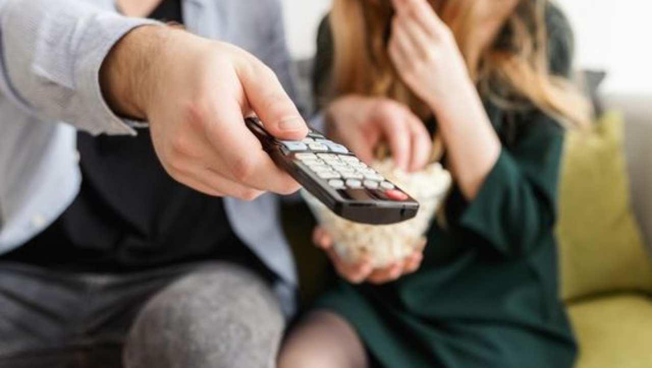 DVB-T2 cambia frequenza e addio a canale 5? Ecco come risolvere